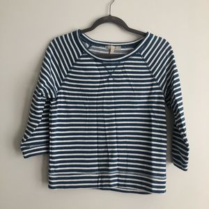 Striped blue and white top!
